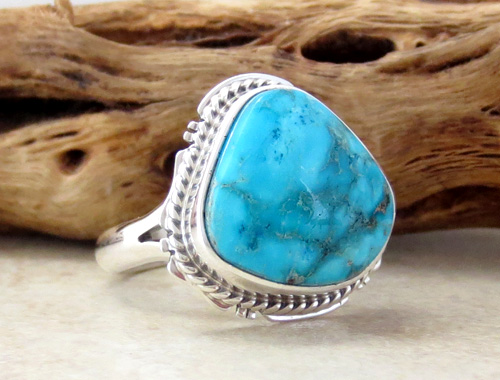 Image 3 of     Small Navajo Made Turquoise & Sterling Silver Ring size 7 - 0871sn