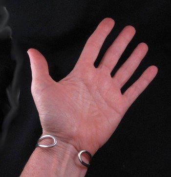 Image 4 of Native American Navajo Kingman Turquoise Silver Bracelet