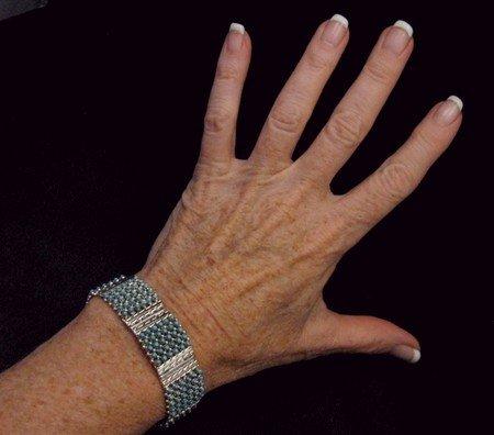 Image 4 of Zuni 6-Row 210 Turquoise Snake Eye Sterling Silver Link Bracelet, Steven Haloo