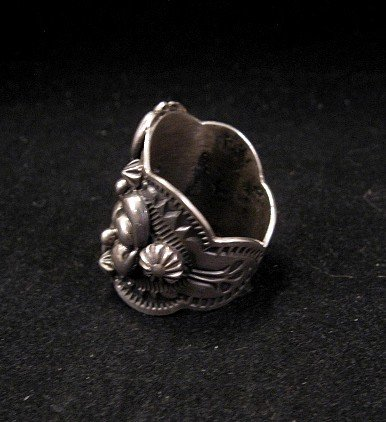 Image 2 of Fancy Darryl Becenti Navajo Sterling Silver Ring sz8