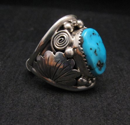 Image 1 of Native American Navajo Kingman Turquoise Silver Ring sz13