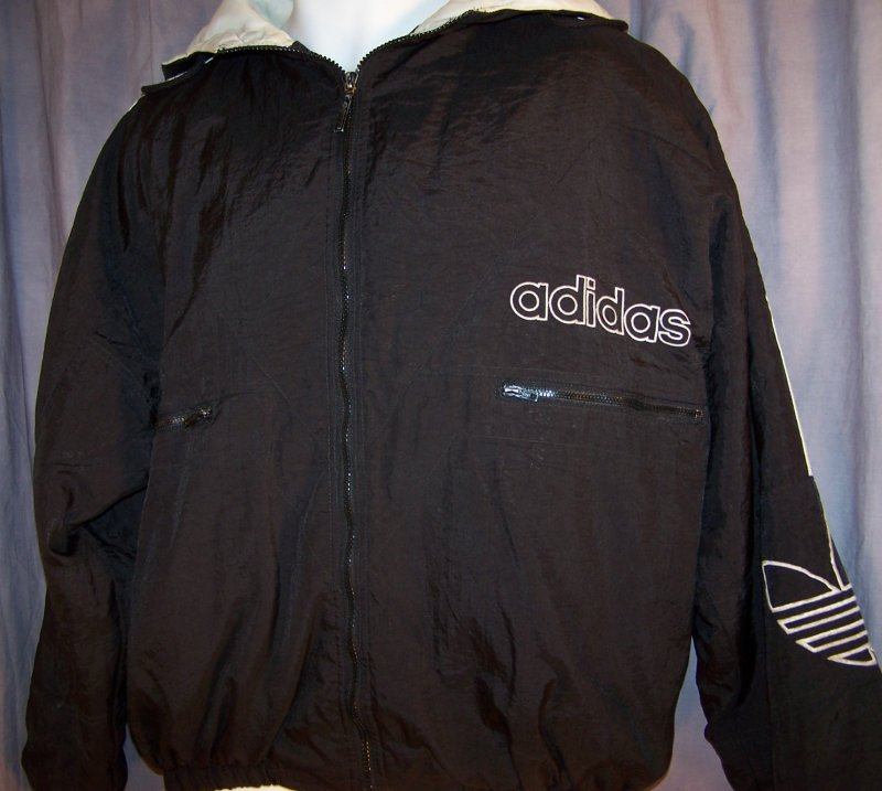 prestomart vintage 80 39 s 90 39 s black adidas trefoil hooded nylon jacket coat size m l. Black Bedroom Furniture Sets. Home Design Ideas