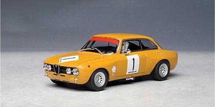 AUTOArt Alfa Romeo Giulia GTAm Jarama 1970 HEZEMANS 1/32 Slot Car #13673