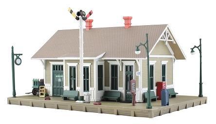 Woodland Scenics Built-&-Ready Dansbury Depot BR5023