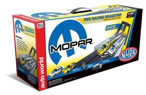Auto World NHRA Mopar Pro Racing Dragstrip