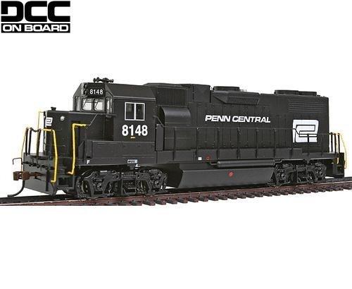 Bachmann HO EMD GP38-2 Diesel Locomotive Penn Central 8148