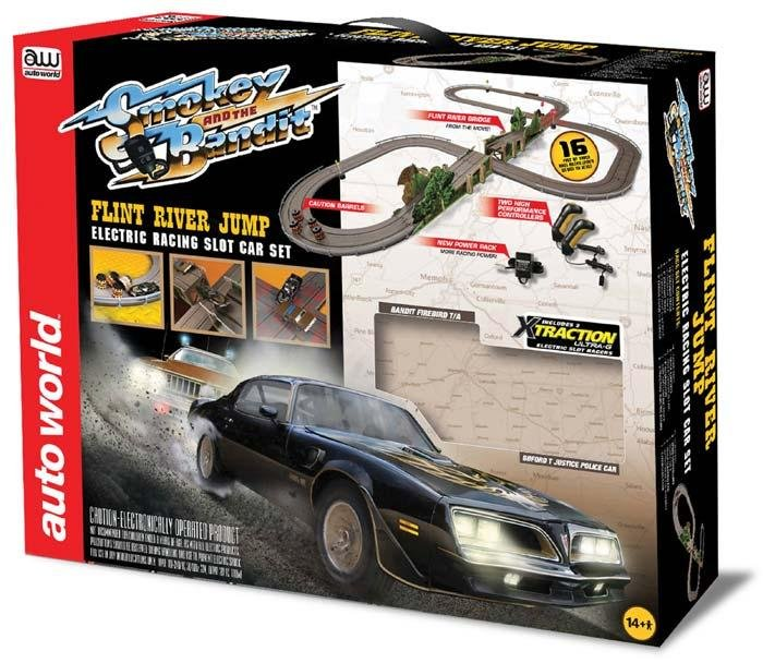 Auto World Smokey and the Bandit HO Race Set