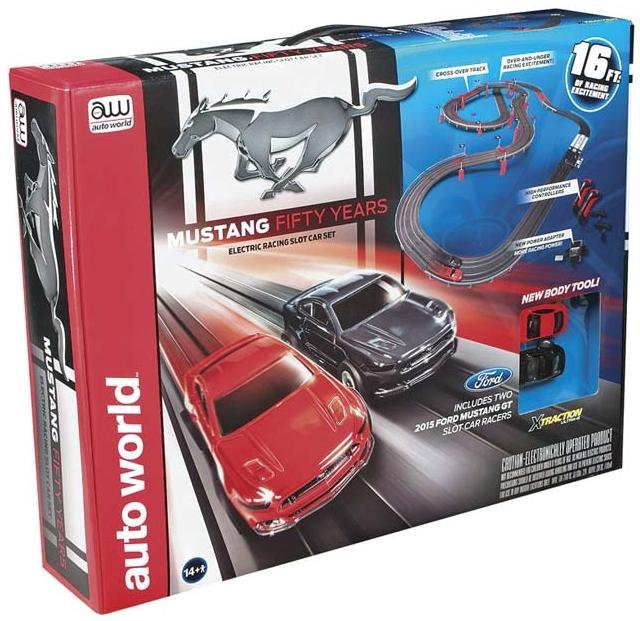 Auto World Mustang 50th Anniversary HO Race Set