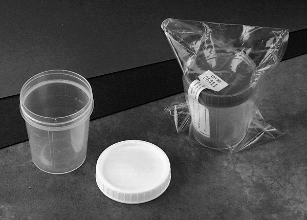 Image 0 of Specimen Container 4 oz Bulk Sterile 1 In Each : Case One: Case