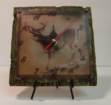 Image 0 of Deer Shelf Clock