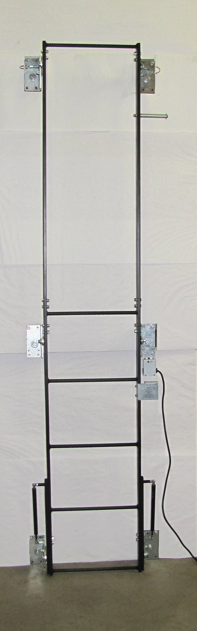 Image 0 of PLF - SPACESAVER FOLD-UP LADDER