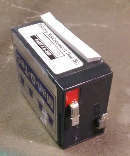 CLEARANCE DISCONTINUED BATTERY-B200 6V EMERGENCY LIGHT BATTERY