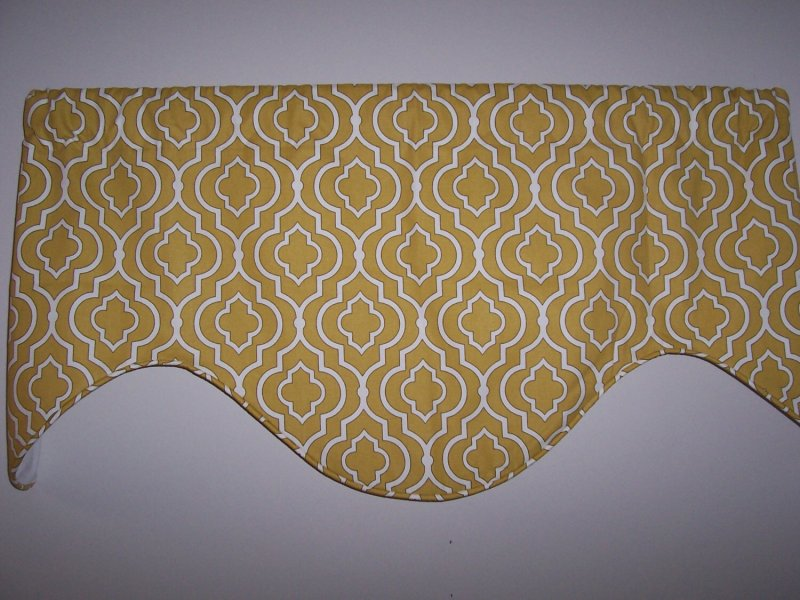Image 0 of Donetta Gold Custom Deep Scallop Valance