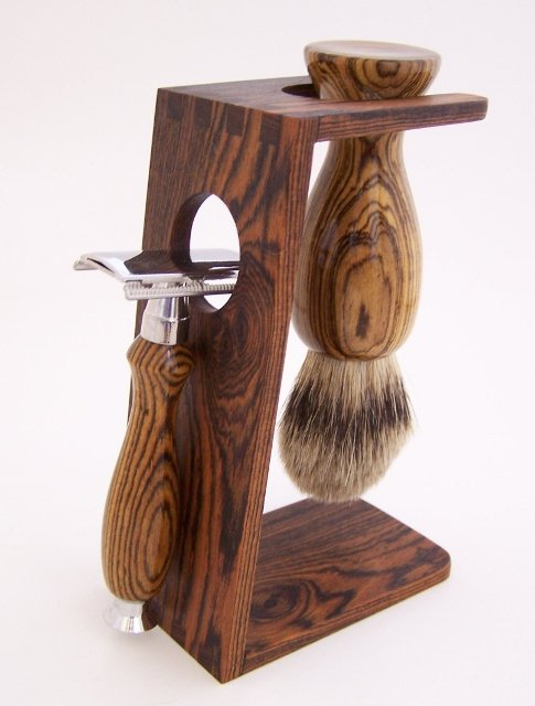 Image 0 of Bocote Wood 22mm Silvertip Badger Shaving Brush & DE Safety Razor Gift Set (B20)