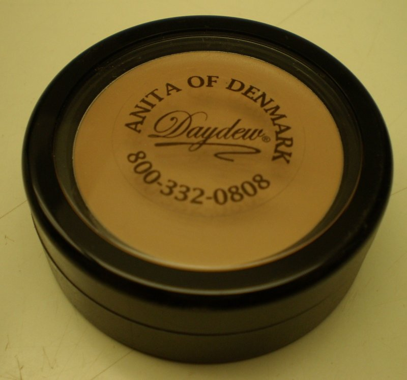 Image 0 of Daydew Touch And Cover Concealer Dark