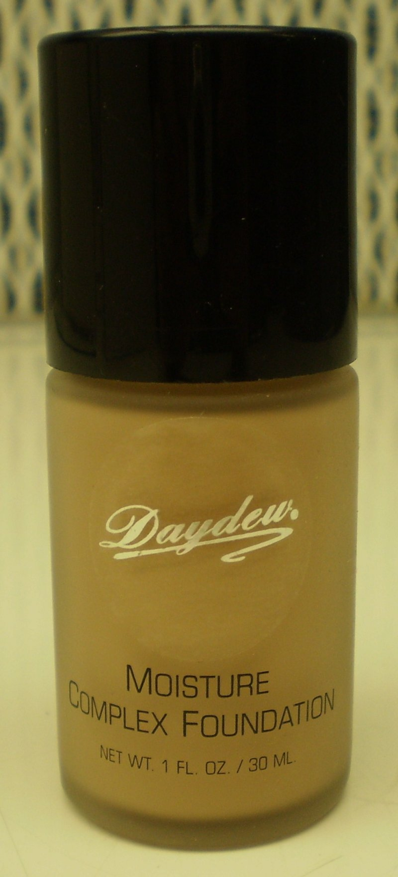 Daydew Custom Blend Moisture Complex Foundation Makeup Creme Beige 1 oz