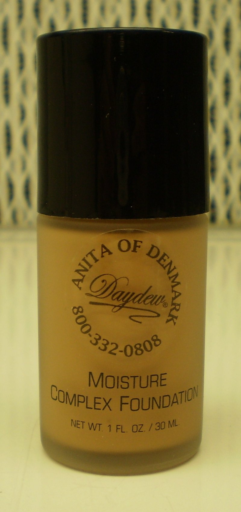 Daydew Custom Blend Moisture Complex Foundation Makeup Honey Tan 1 oz