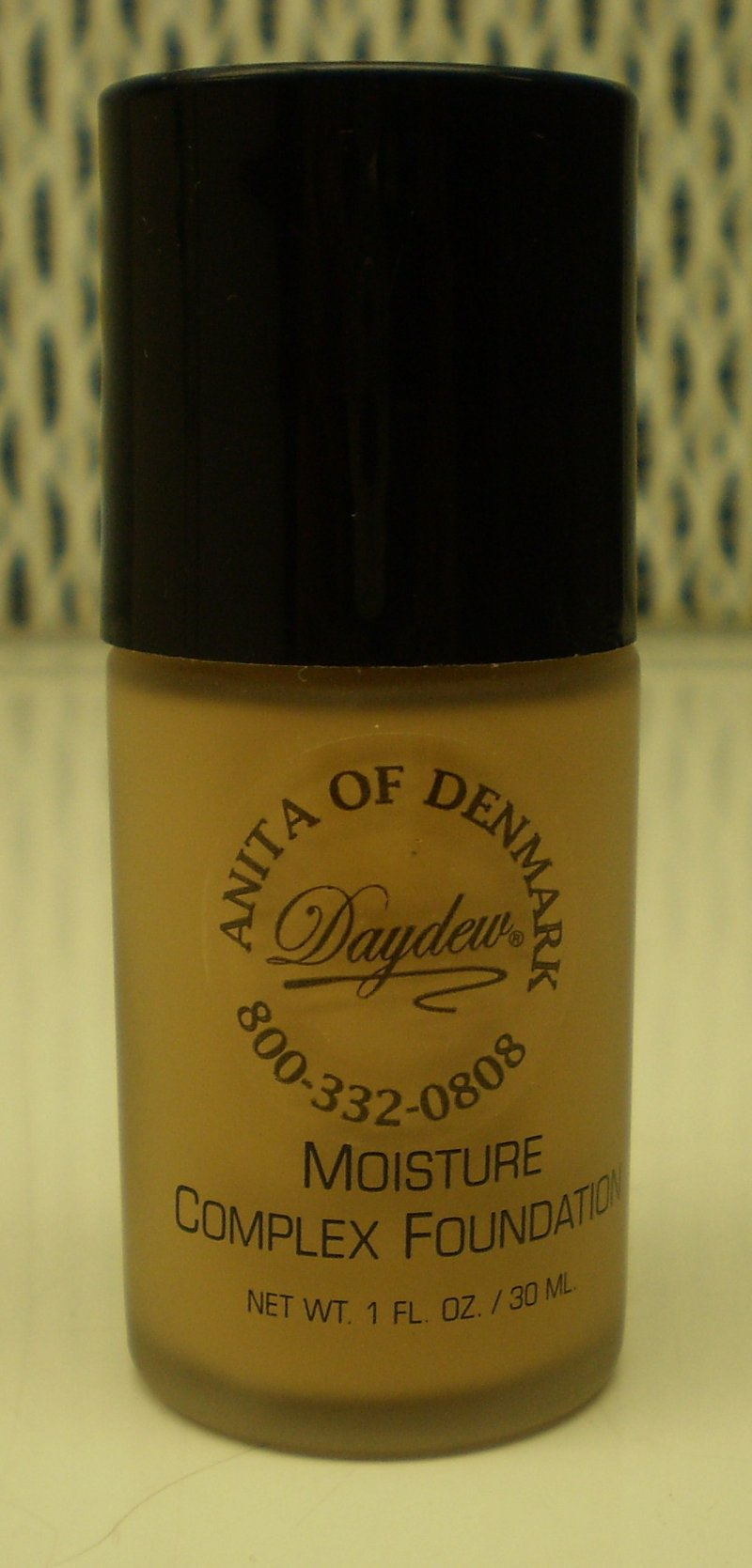 Daydew Custom Blend Moisture Complex Foundation Makeup Sun Beige 1 oz