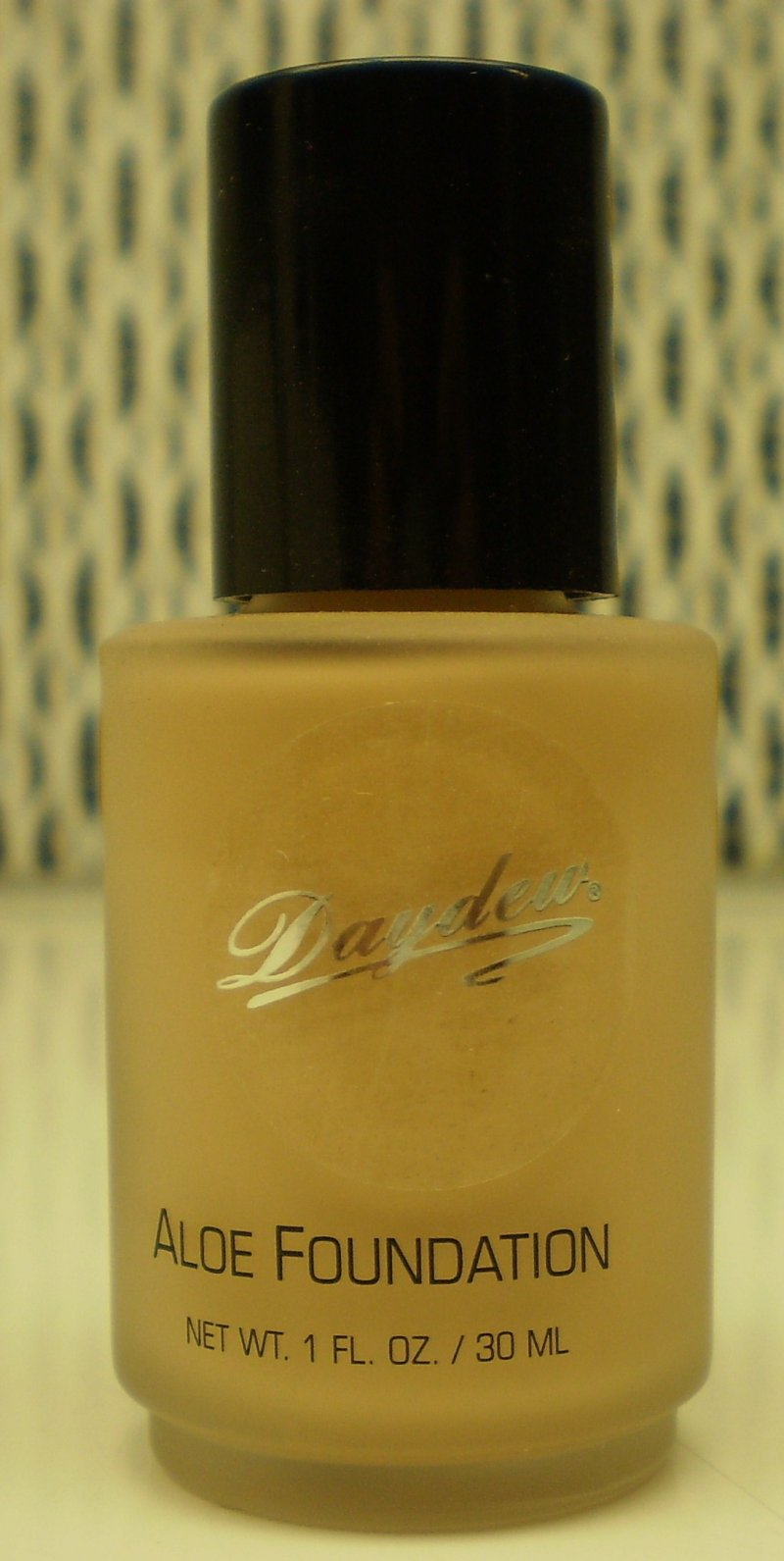 Daydew Custom Blend Makeup With Aloe Oil Free Almond 1oz
