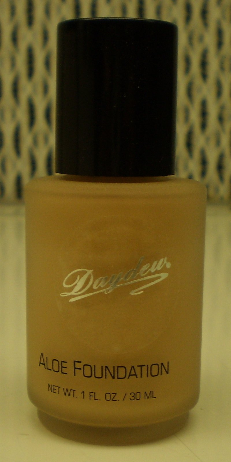 Daydew Custom Blend Makeup With Aloe Oil Free Creme Beige 1oz