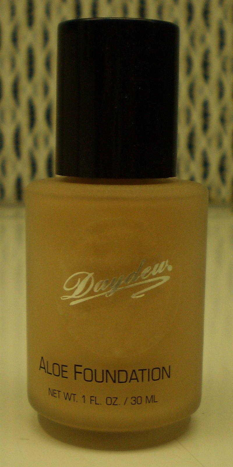 Image 0 of Daydew Custom Blend Makeup With Aloe Oil Free Creme Beige 1oz