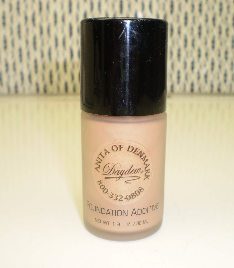Daydew Foundation Additive Beige Shimmer 1 oz