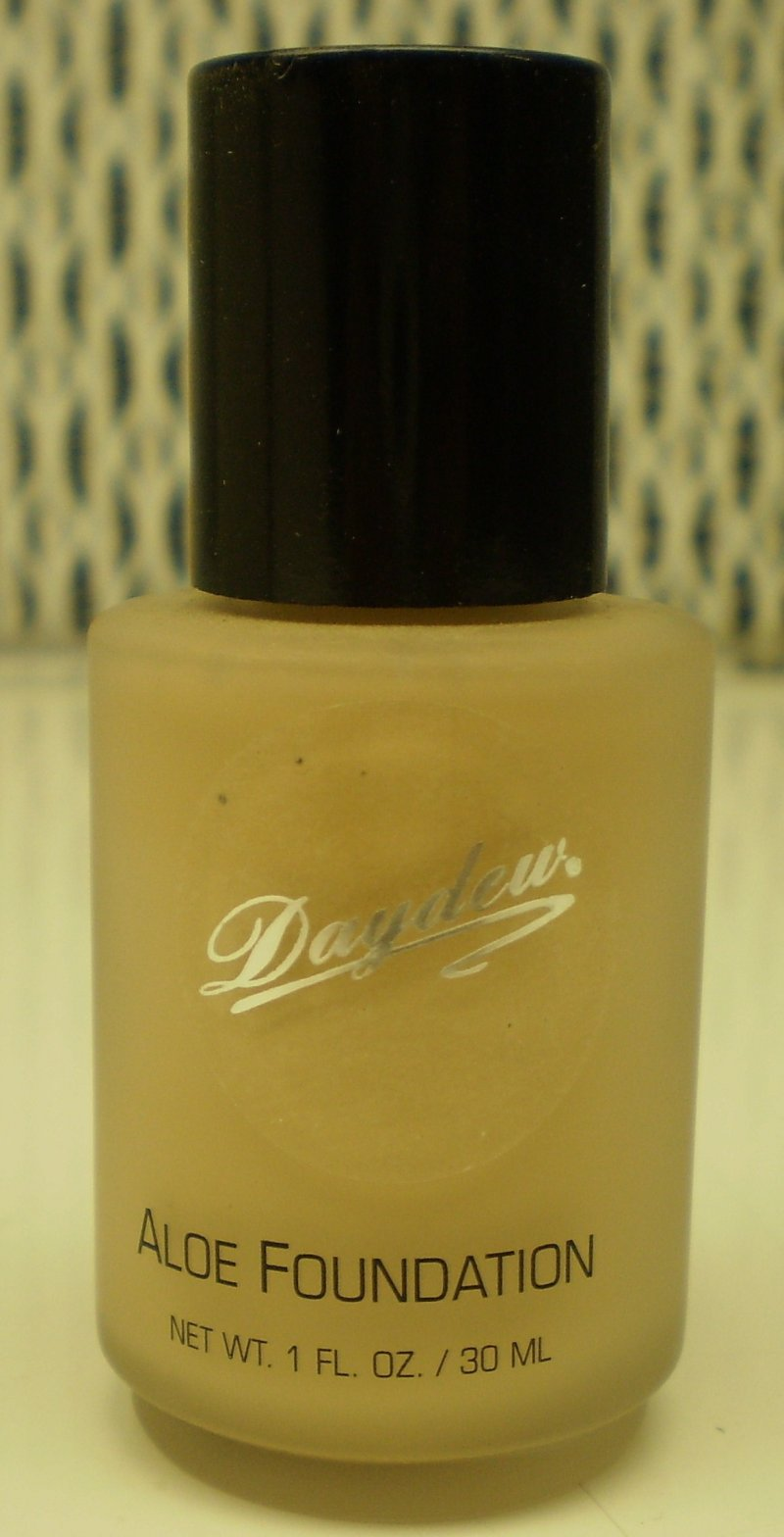 Image 0 of Daydew Custom Blend Makeup With Aloe Oil Free Nude 1oz