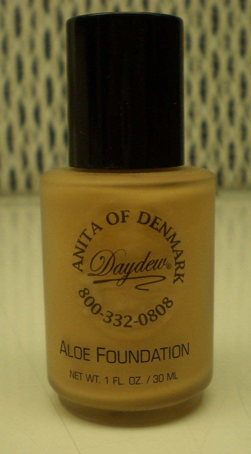 Daydew Custom Blend Makeup With Aloe Oil Free Buff 1oz
