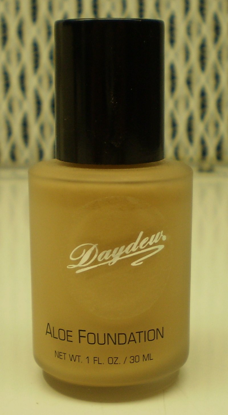 Daydew Custom Blend Makeup With Aloe Oil Free Sun Beige 1 oz