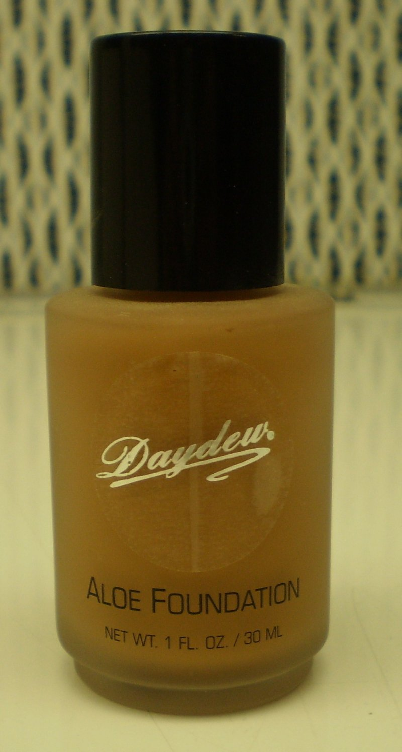 Daydew Custom Blend Makeup With Aloe Oil Free Spice 1 oz