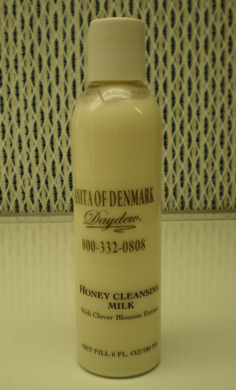 Anita Of Denmark Honey Cleansing Milk With Clover Blossom Extract 6oz   180ml
