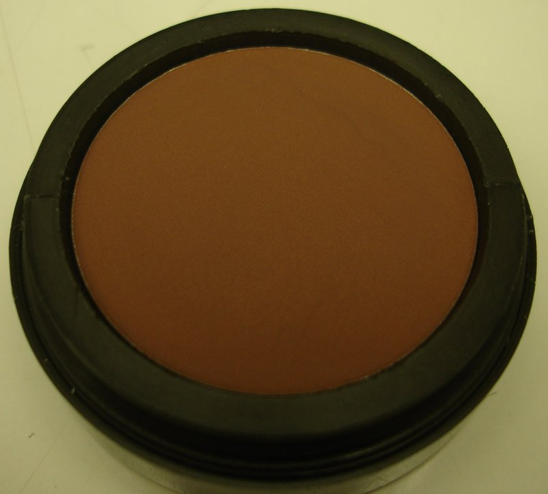 Daydew 3 In One For Lip, Eyes And Cheeks (Shade: Cafe Au Lait)