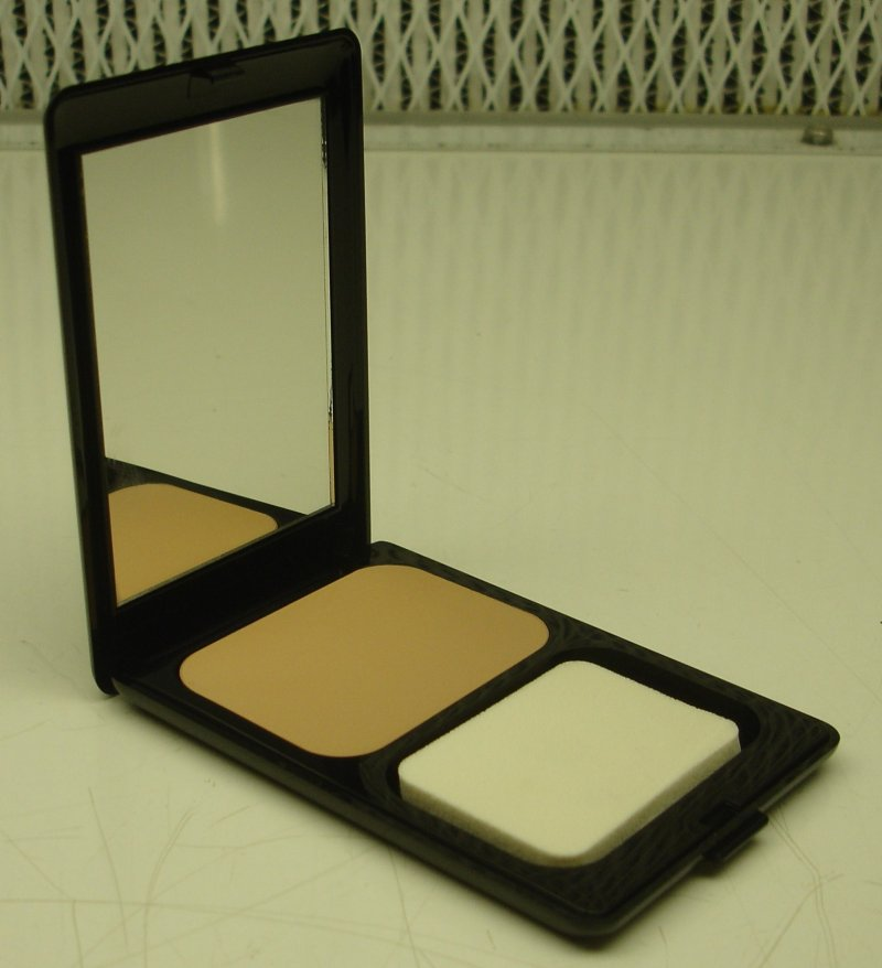Daydew Powder Creme Makeup Neutral Light