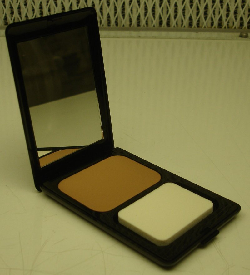 Daydew Powder Creme Makeup Neutral Dark