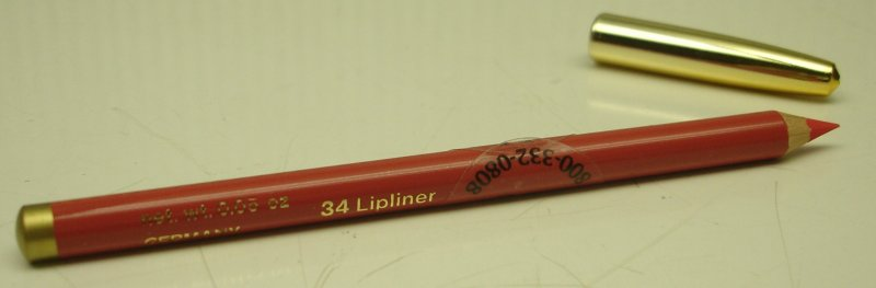 Image 0 of Daydew Professional Lip Liner Pencil (Shade: Coral)