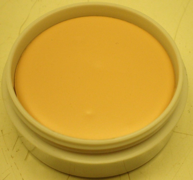 Image 0 of Daydew Silicone Foundation and Concealer Creme (Shade: Natural)