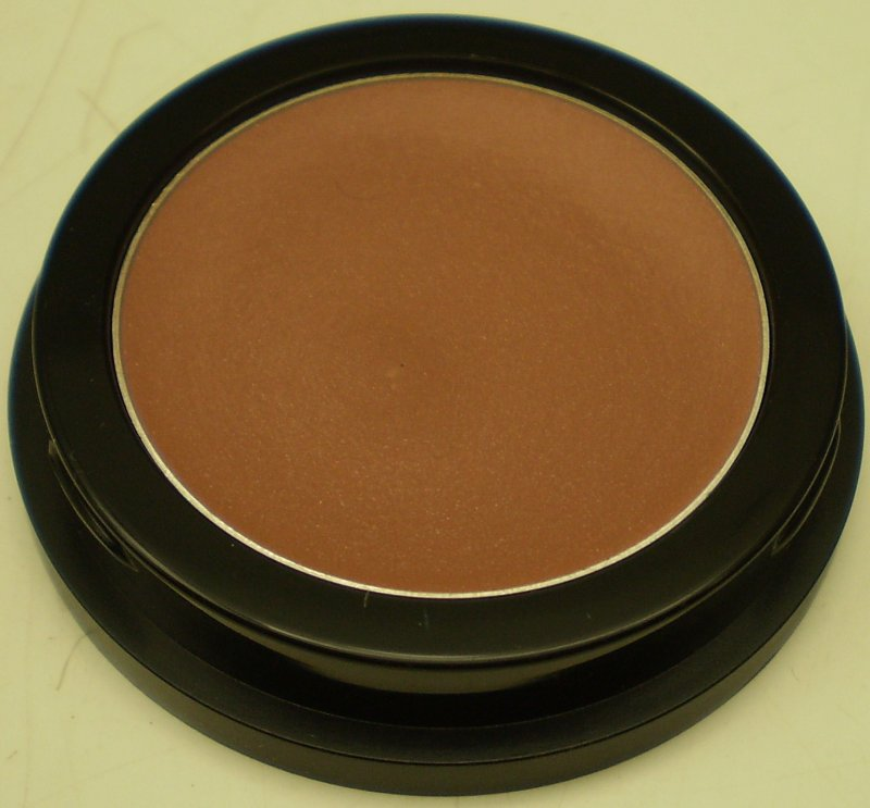 Image 0 of Daydew Cremewear Blush (Shade: Nutty Berry)