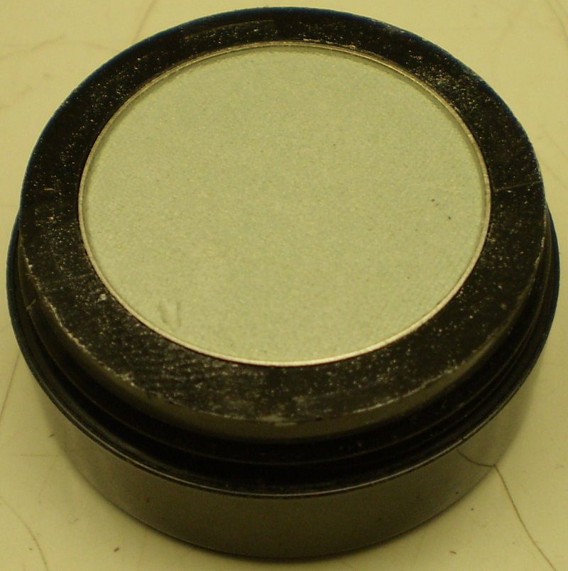 Daydew Eyelights Eyeshadow (Shade: Aqua)