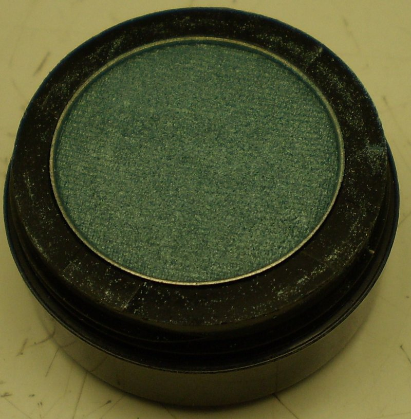 Daydew Eyelights Eyeshadow (Shade: Peacock)