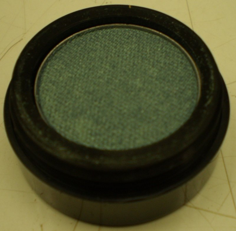 Daydew Chromatome Eyeshadow (Shade: Iridescent Teal)