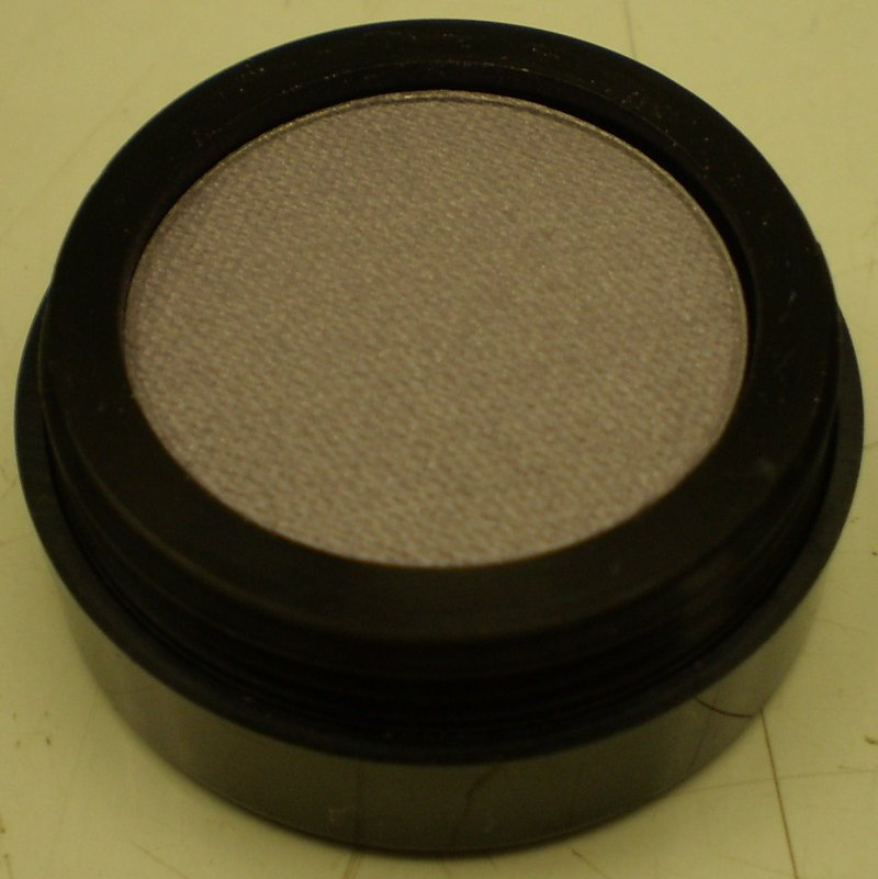 Image 0 of Daydew Ultra Pearl Eyeshadow (Shade: Iced Violet)