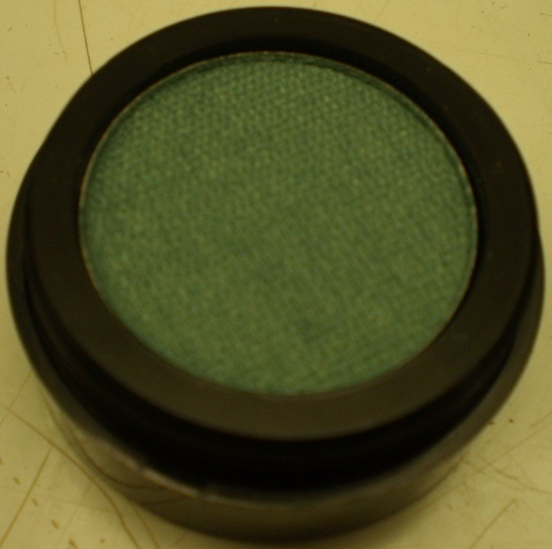 Daydew Chromatome Eyeshadow (Shade: Emerald)