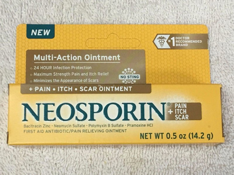 Image 0 of Neosporin + Pain Itch Scar Ointment 0.5 Oz