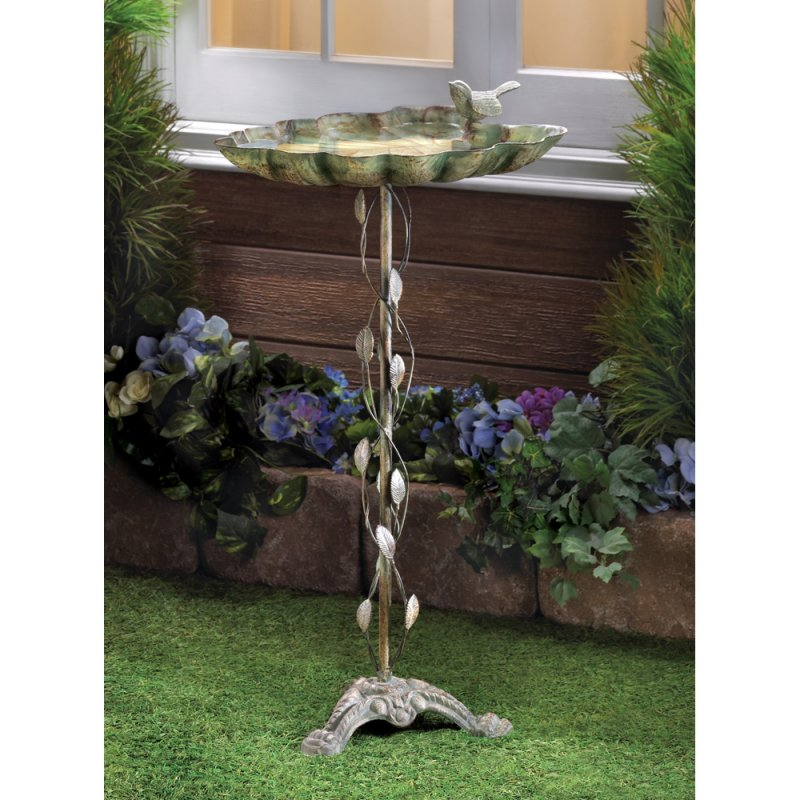 Image 0 of Wrought Iron Verdigris Finish Leaf Design Birdbath
