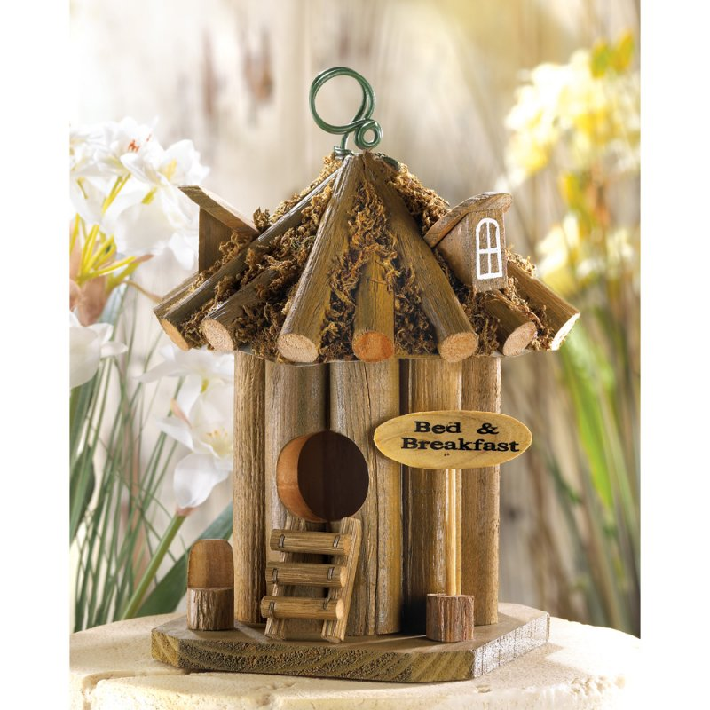 Image 1 of Quaint Rustic Bed and Breakfast Birdhouse Hut