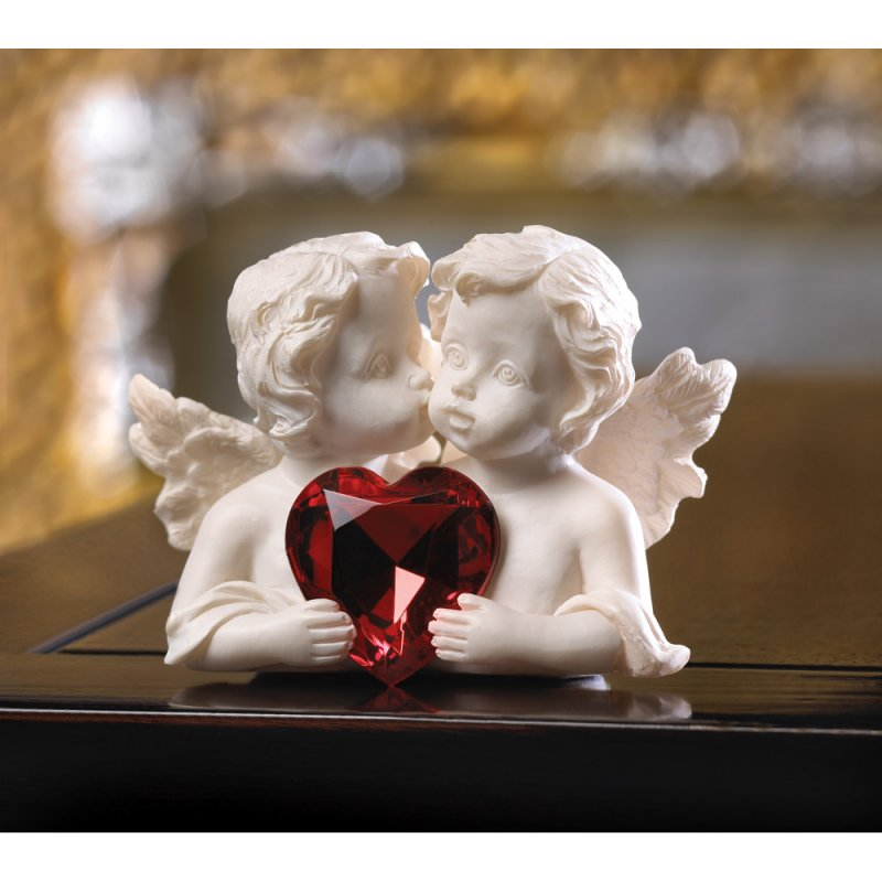 Kissing Cherubs Figurine