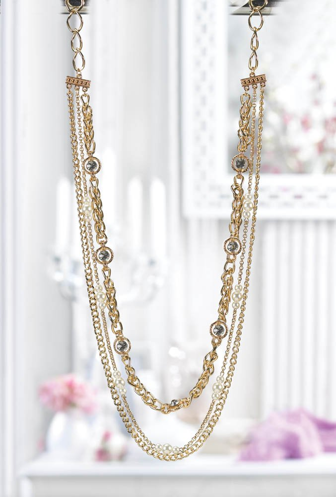 Golden Layered Chain Necklace with Faceted Crystals and Faux Pearls
