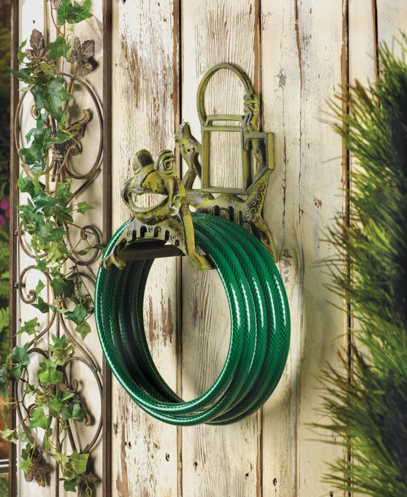 Image 0 of Frolicking Smiling Frog and Watering Can Garden Hose Organizer Reel Cast Iron