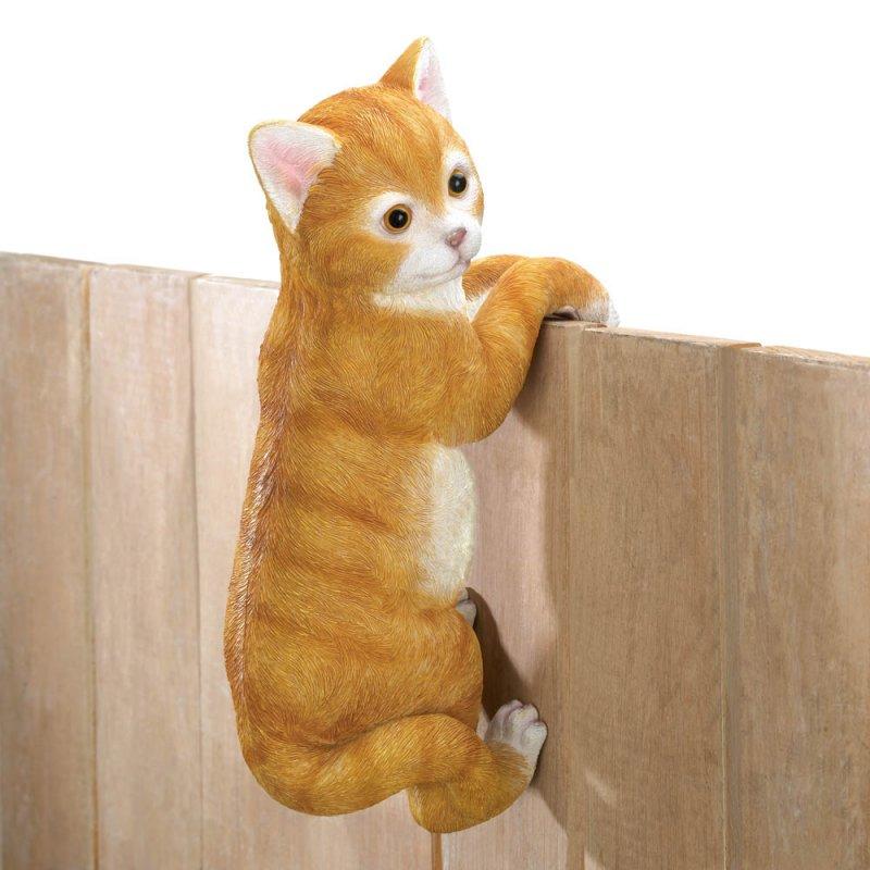 '.Climbing Cat Amber Decor.'