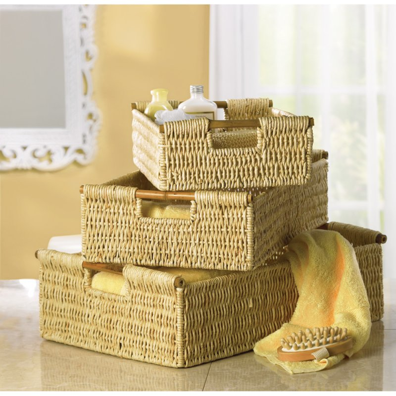 Image 0 of 3-Piece Corn Husk Baskets with Bamboo Handles